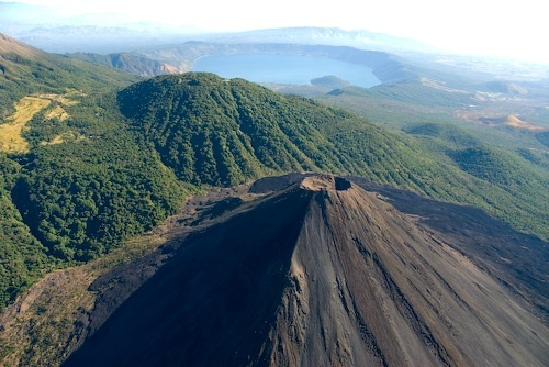 complejo-de-volcanes-El Salvador